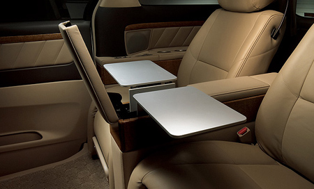Toyota Sienna Hybrid >> Toyota Alphard Royal Lounge offers jetlike luxury and all info about auto makers (Dodge, Ford ...