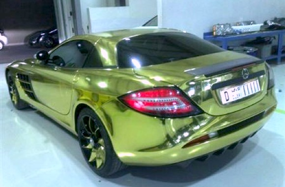 this is actually the same Mercedes SLR McLaren that was previously spied