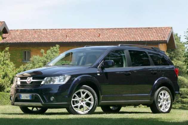 2012 Fiat Fremont (a.k.a. Dodge Journey) in black