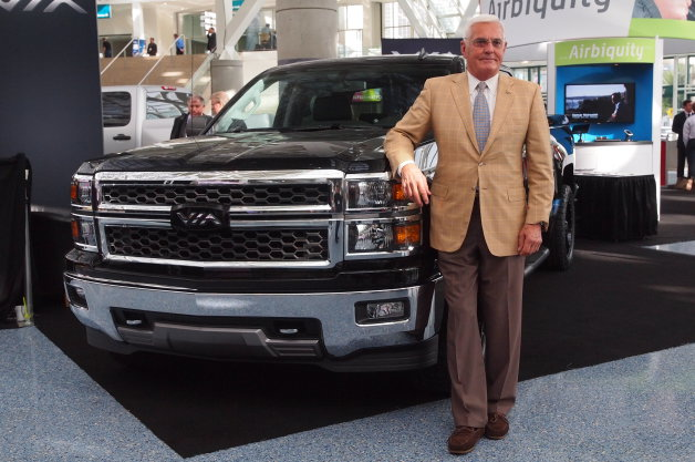 Bob Lutz with the Via Trucks solar tonneau