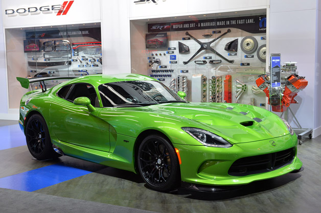 2014 SRT Viper in Stryker Green