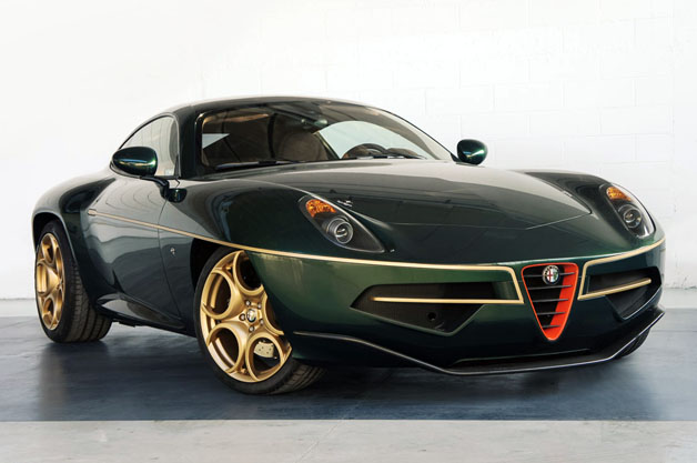 Disco Volante in green and gold