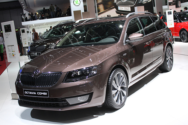 Skoda Octavia Combi 4x4 Laurin & Klement Edition at the 2014 Geneva Motor Show, front three-quarter view