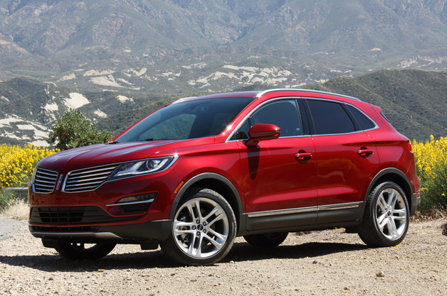 2015 Lincoln MKC - front three-quarter view, red