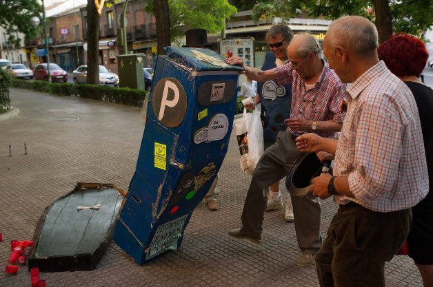 Madrid's Carabanchel Residents Celebrate The End Of Parking Meters