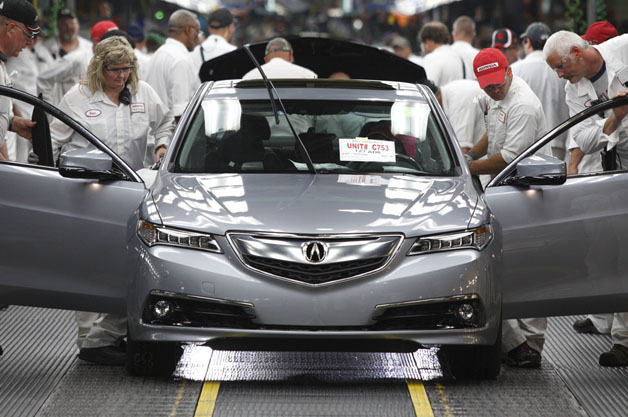 Acura TLX assembly line