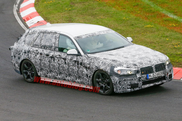 BMW 5 Series Wagon: Spy Shots